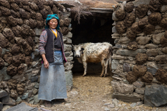 TIBETAN-FARM-HOUSE