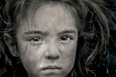 Refugee-girl